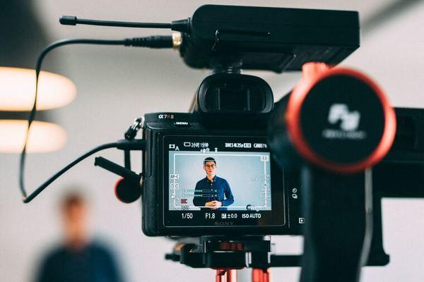 fee-only financial advisor live social video camera